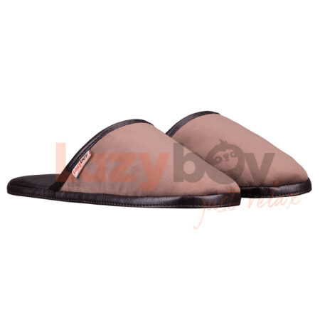 papuci de casa lazyboy slippers maro fabricati in Romania
